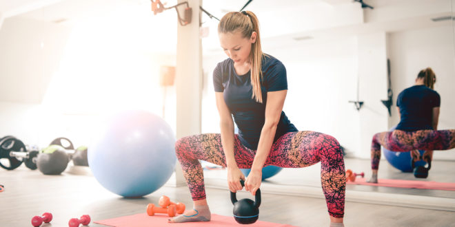 Übungen zum Tone Butt - Toe Tap Butt Übung