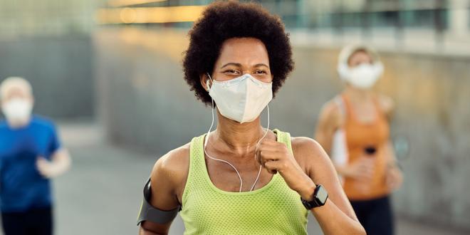 Übung und Gesichtsbedeckungen: Was sagt die Forschung?