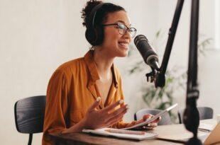 13 der besten Podcasts für ganzheitliche Gesundheits- und Ernährungstrainer